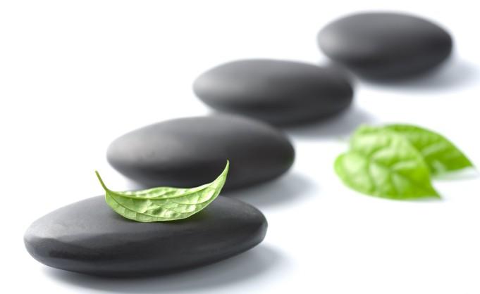 massage_stones_2560x1600